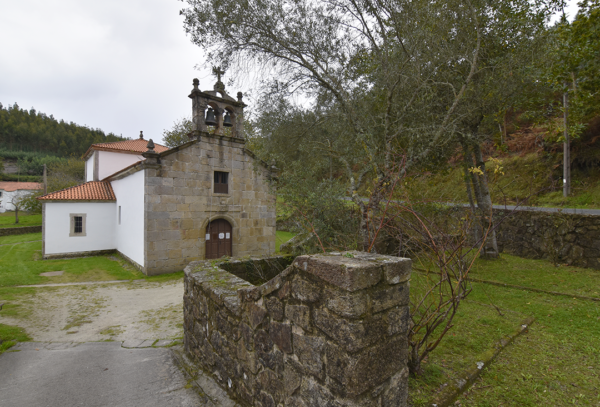 Iglesia de San Xoán de Esmelle